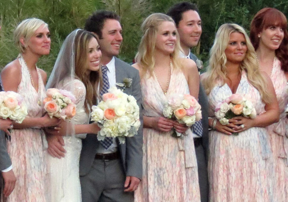 Celebrity Bridesmaids: Jessica Simpson #3 (and Ashlee too!)