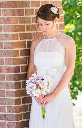Chiffon Halter Top Wedding Dress With Vintage Appliques