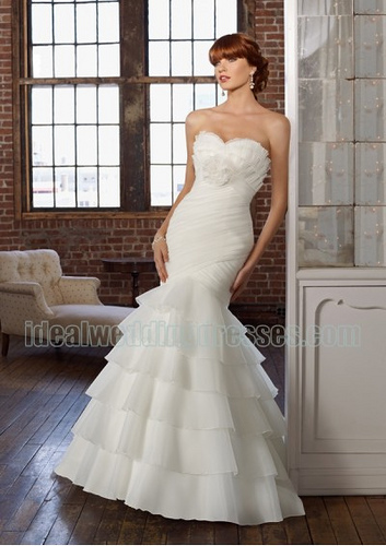 mermaid wedding dress picture with rouched bodice
